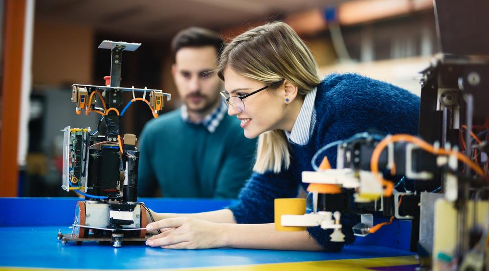woman views on robot msmstudy.eu